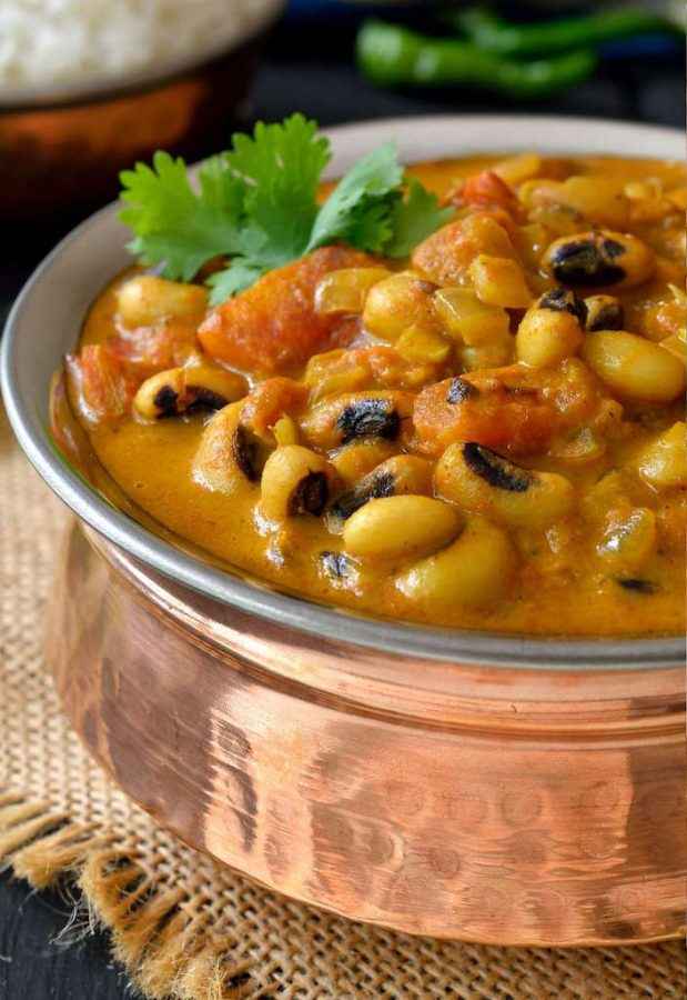 New Year's black-eyed pea recipes: Curried Vegetarian Black-Eyed Peas by Cilantro and Citronella