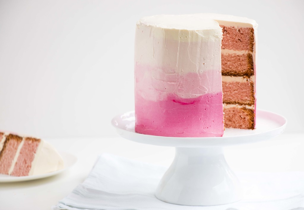 Champagne desserts for New Year's Eve: Champagne Ombre Cake | Baking Ginger