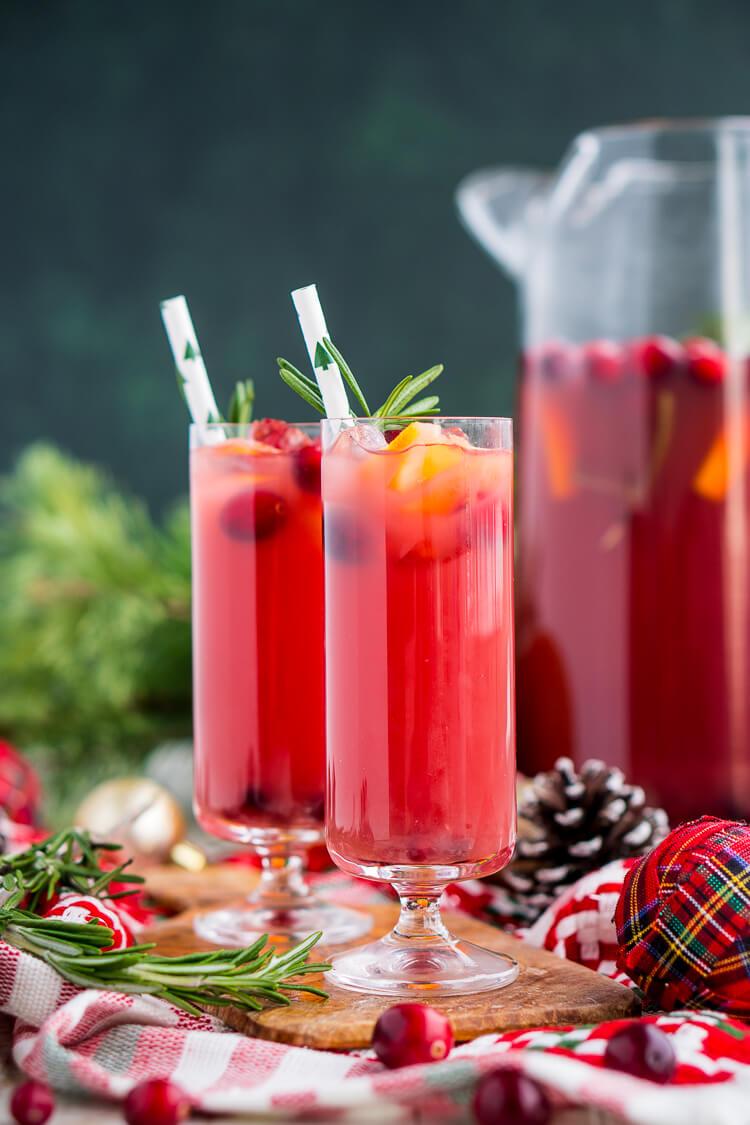 Make ahead holiday cocktail recipes | Christmas Punch at Sugar and Soul