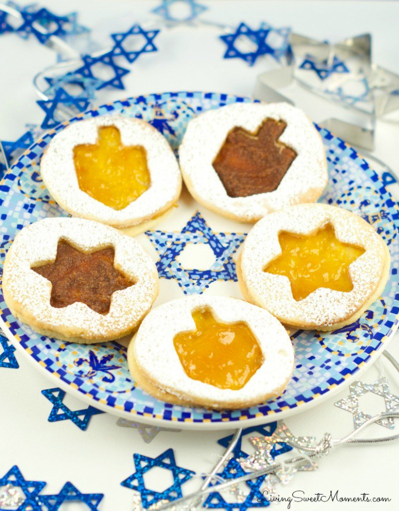 Hanukkah cookie recipes | hanukkah jelly cookies at Living Sweet Moments