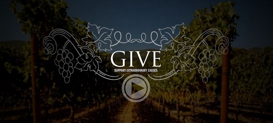 Holiday gifts for food lovers that do good in the world: California wines from Napa and Sonoma, a portion of the proceeds of which go to a cause of your choice through Cellar Angels | Cool Mom Eats holiday gift guide 2017