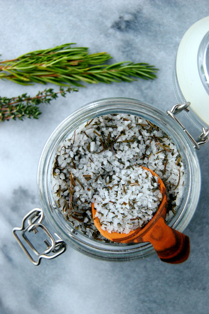 Our favorite homemade holiday food gifts: Garden Herb Salt | Uproot Kitchen