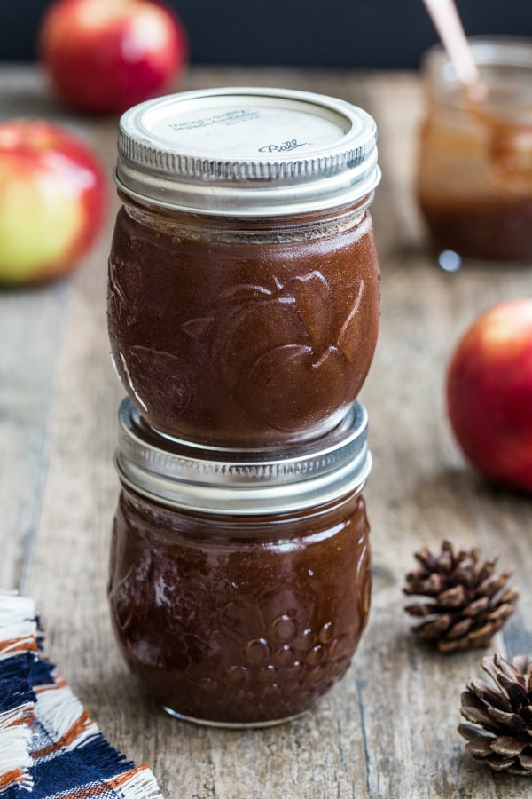 Our favorite homemade holiday food gifts: Slow Cooker Apple Butter | My Baking Addiction