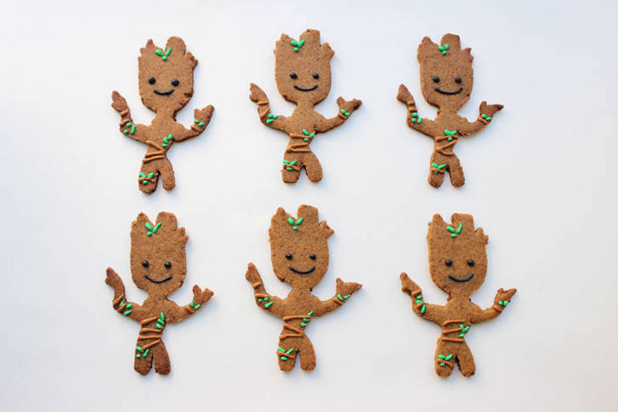 Pop-culture gingerbread cookies: Groot at Disney Family