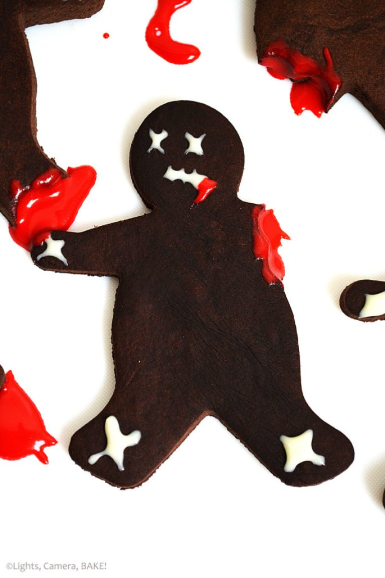 Pop-culture gingerbread cookies: Zombies at Lights, Camera, Bake!