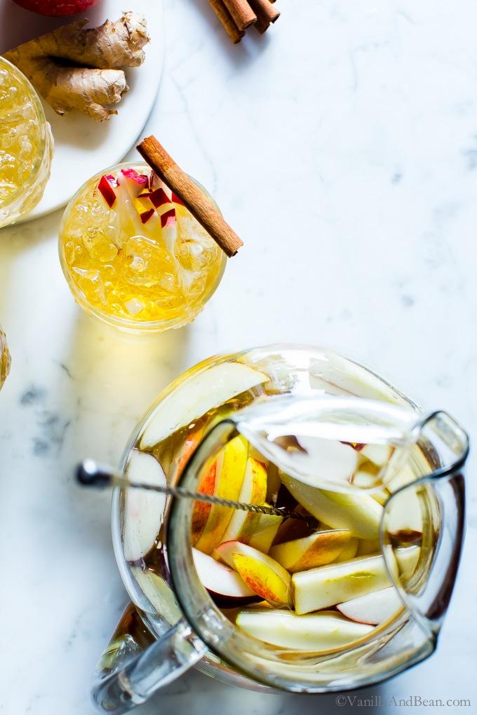 Make ahead holiday cocktail recipes | Sparkling Apple Bourbon Sangria cocktail at Vanilla and Bean