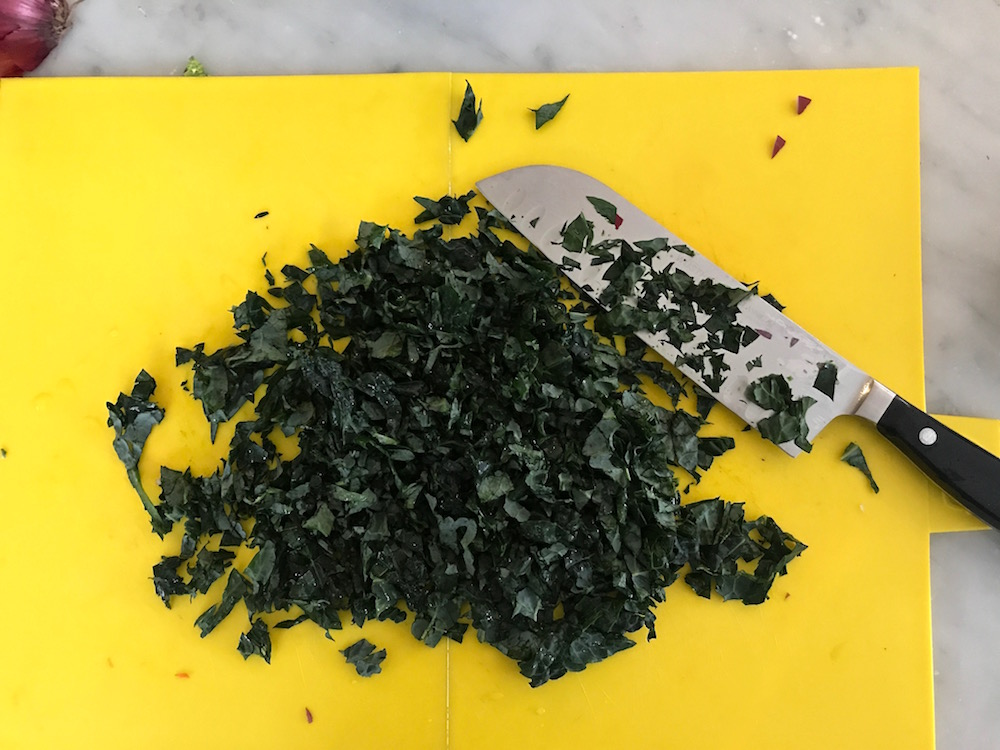 Weeknight family dinners: sausage and kale make a great combo. | ©Jane Sweeney Cool Mom Eats
