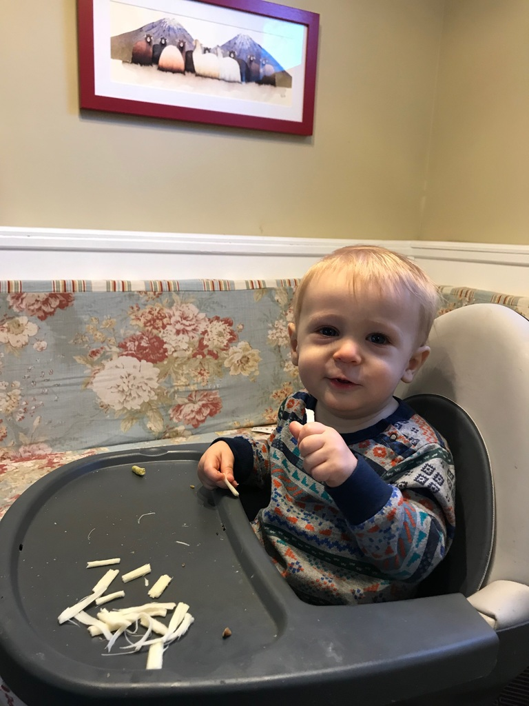 5 BTDT tips on starting your baby on solids that I wish someone would have shared with me when we first started | Photo © Caroline Siegrist for Cool Mom Eats