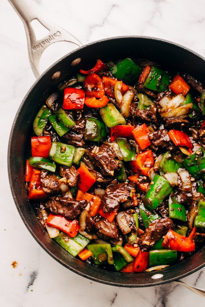 Cool Mom Eats weekly meal plan: Garlic Lover's Pepper Steak Stir Fry | Little Spice Jar