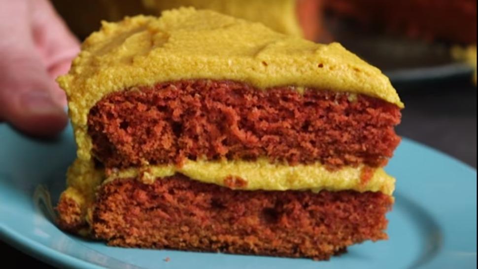Ketchup and Mustard Cake at Shared Food -- yay or nay?!
