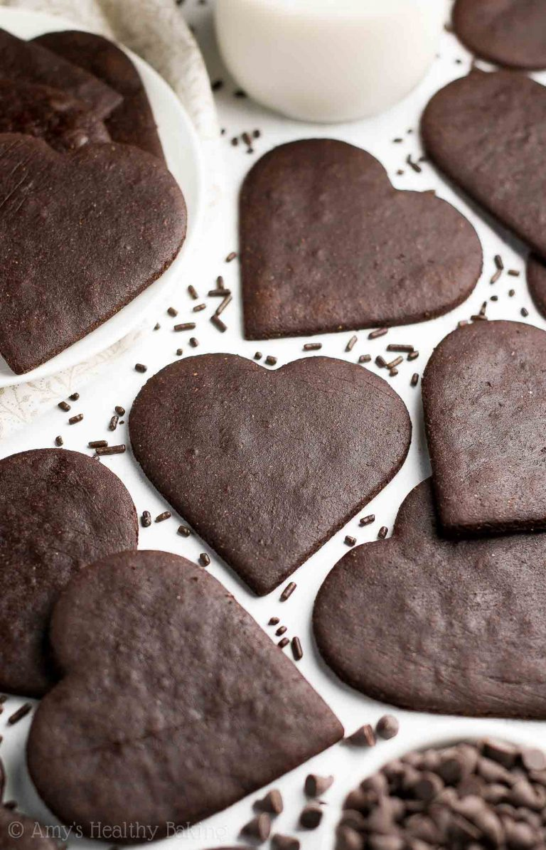 Clean chocolate desserts for Valentine's Day: Dark chocolate cookies at Amy's Healthy Baking
