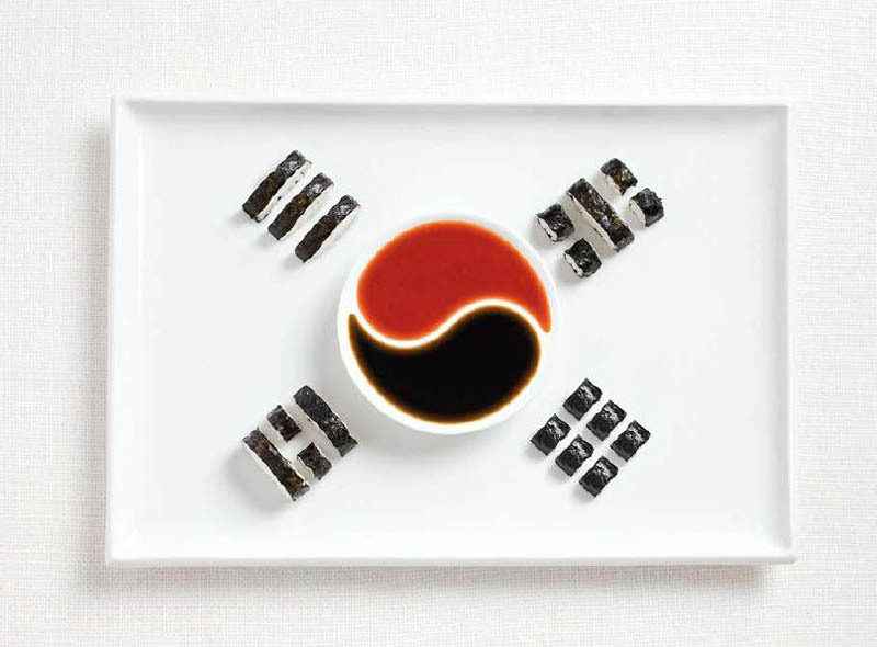 Olympics snack ideas: National flags at Twisted Sifter, including the South Korea flag made from sushi (you can use store-bought!) and dipping sauces in a yin-yang bowl. Amazing!