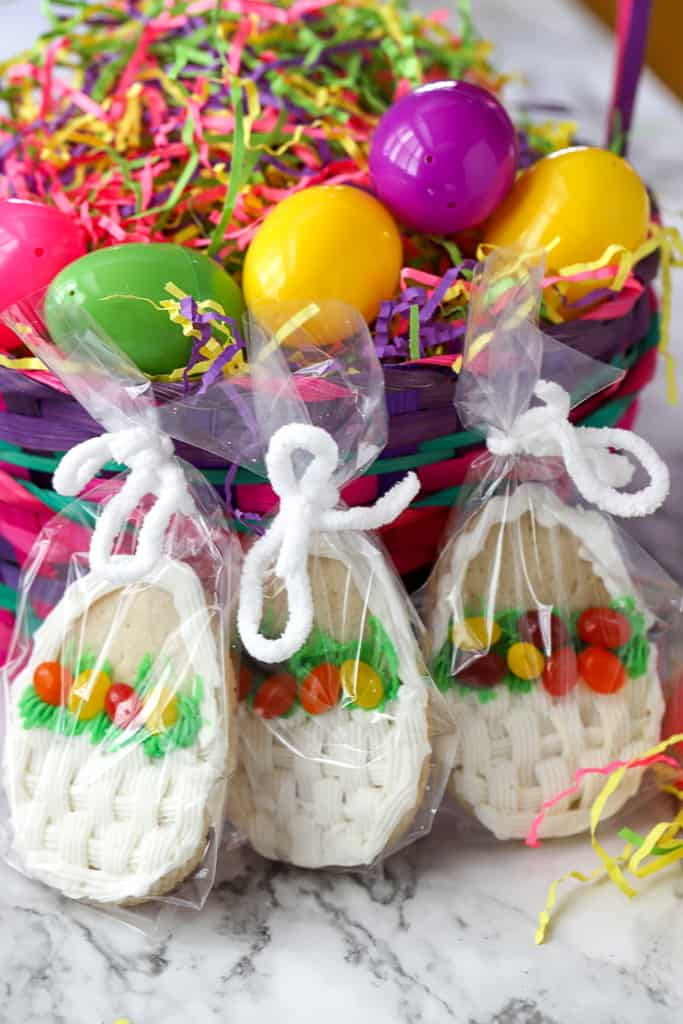 Easter cookies kids can make: Easter basket cookies at A Baker's House