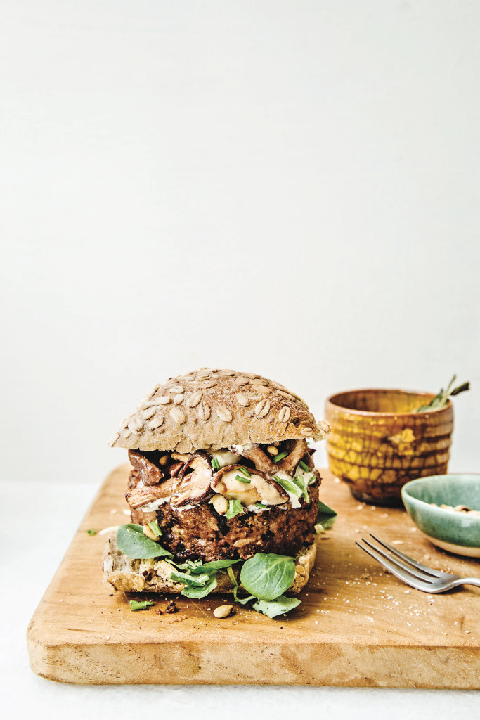 Veggie Burger recipes: Lentil Mushroom burger by Nina Olsson at Hello Veggie