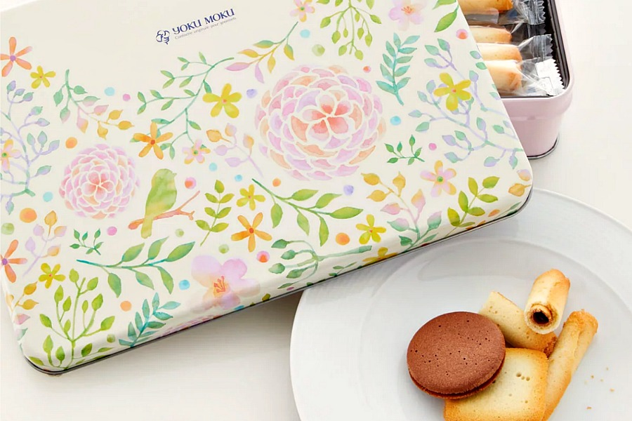 These 9 indulgent, edible gifts for Mother's Day will definitely make you Mom's favorite