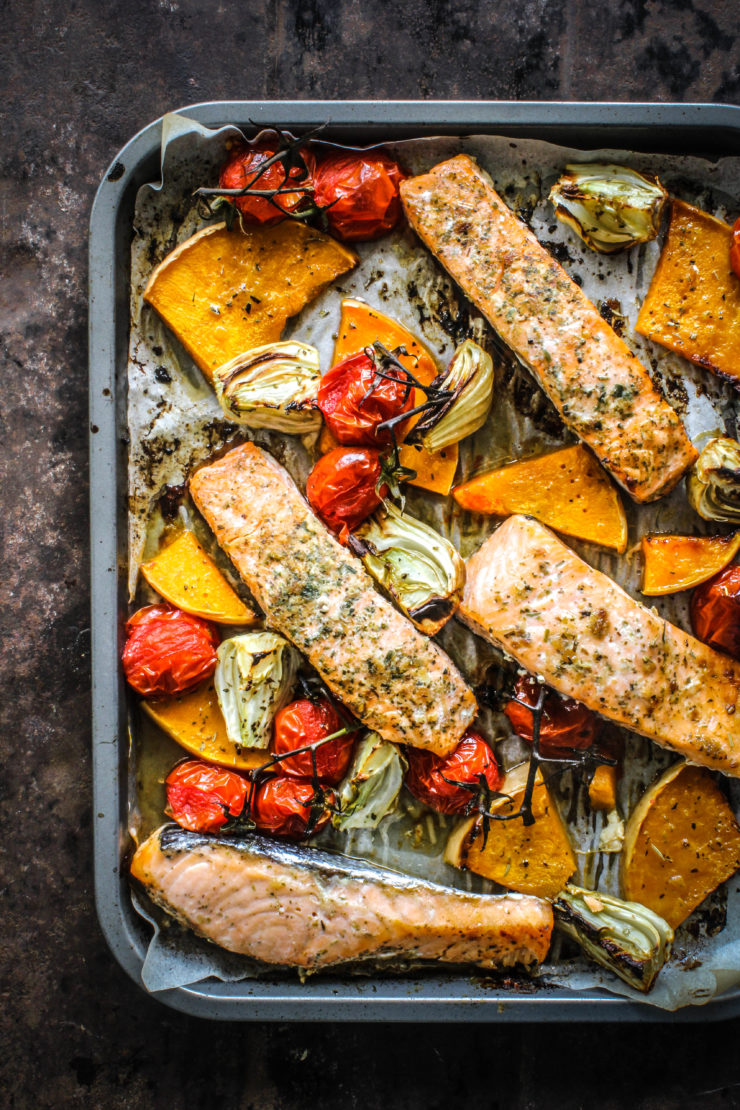 Cool Mom Eats weekly meal plan: Maple Salmon with Fennel and Tomatoes | Sugar et al