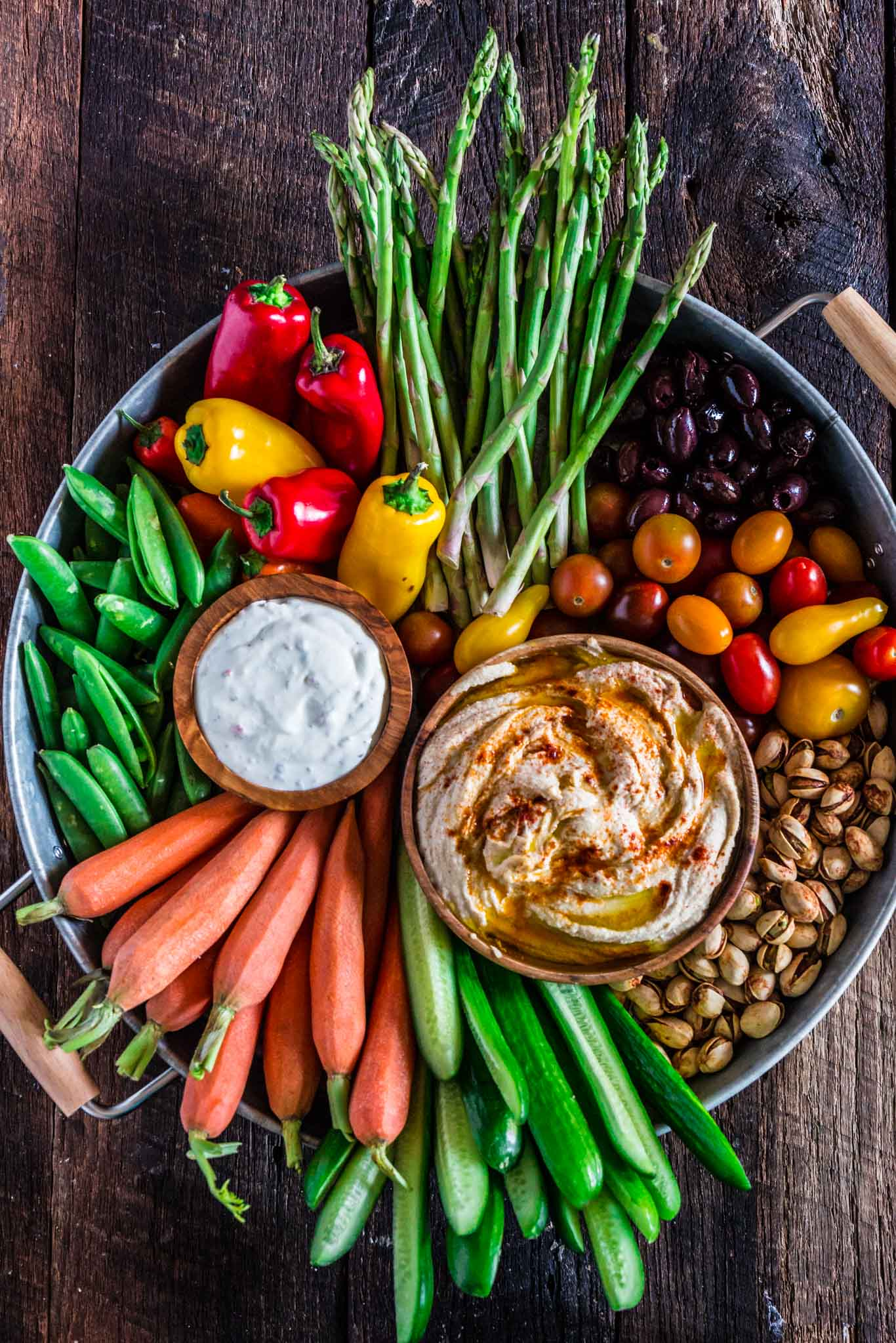 Best Mother's Day picnic recipes: Crudité Platter | Olivia's Cuisine