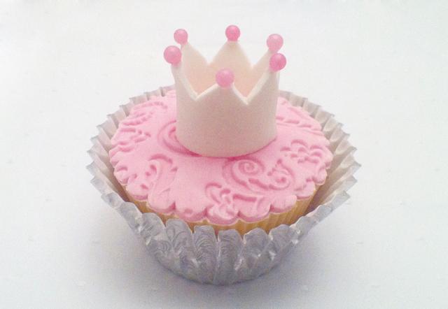 Princess Cupcakes Cupcake Crown Tutorial