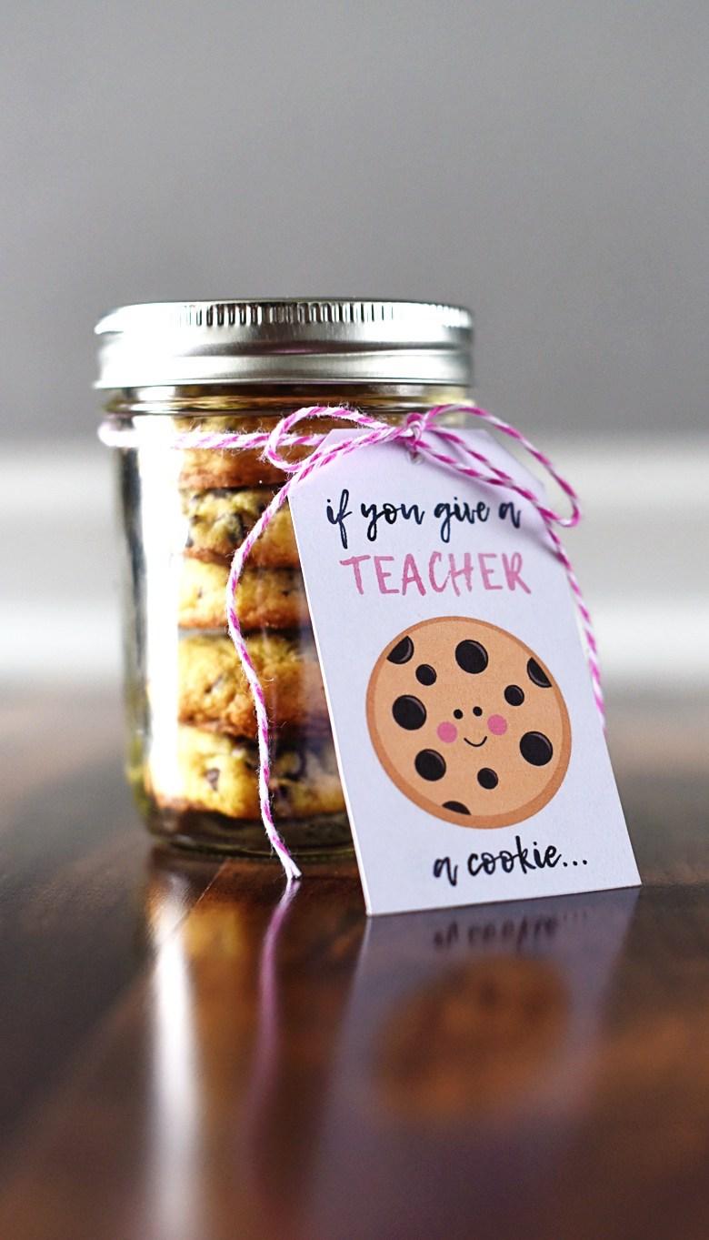 Teacher appreciation food gift idea: Cookie jar printable at Bre Pea