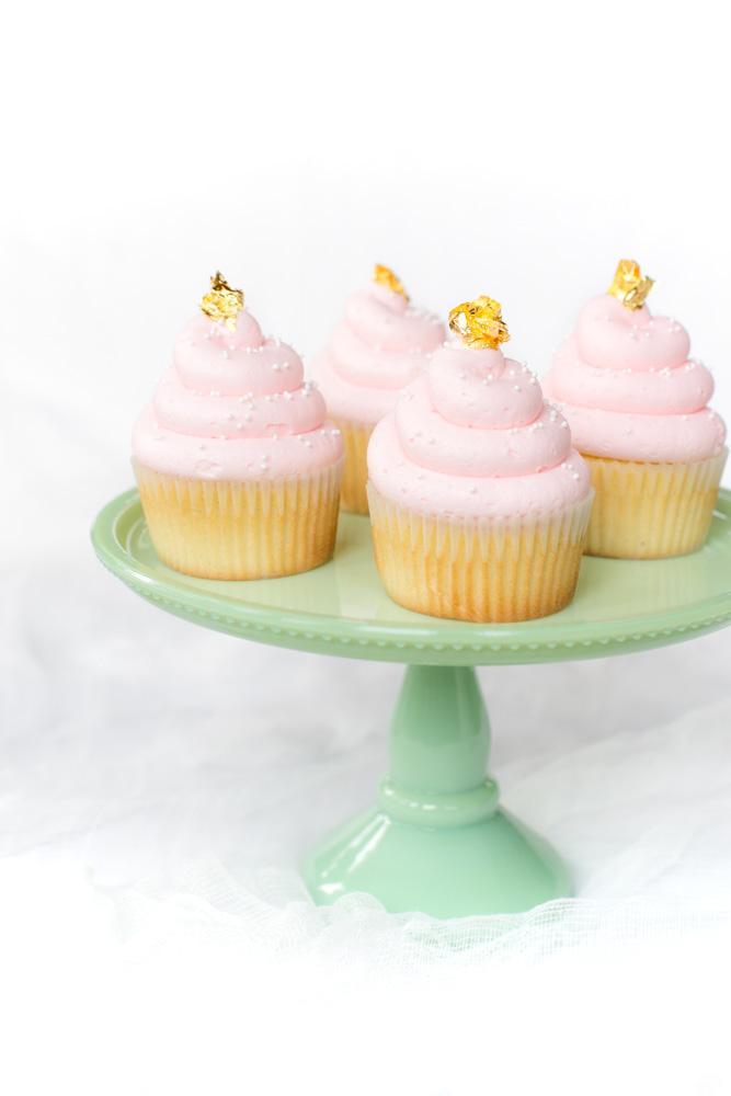 Princess cupcakes: Gold leaf princess cupcakes | Faith Food Family Fun