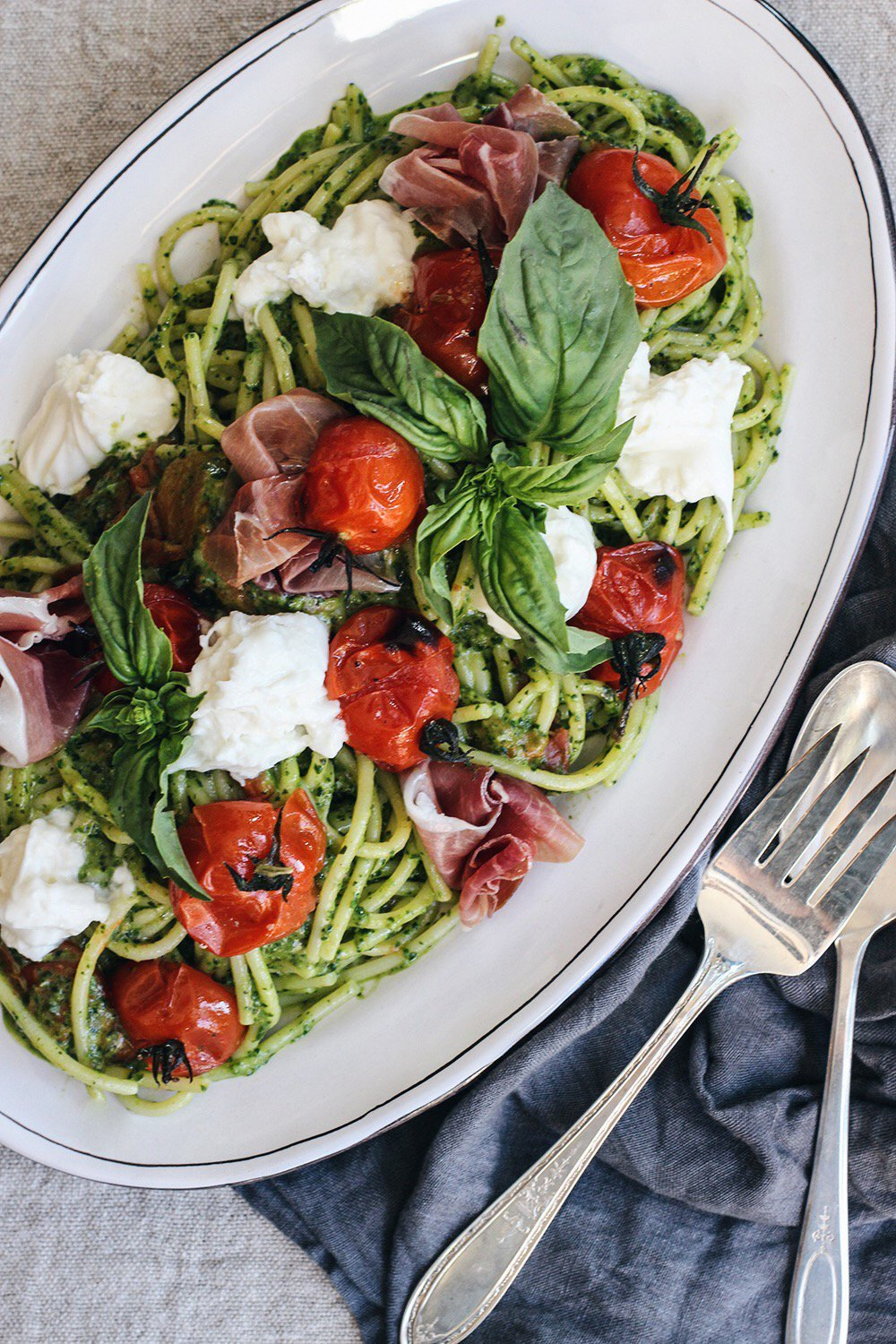 Cool Mom Eats weekly meal plan: Caprese Pasta with Roasted Tomatoes and Burrata at Honestly Yum