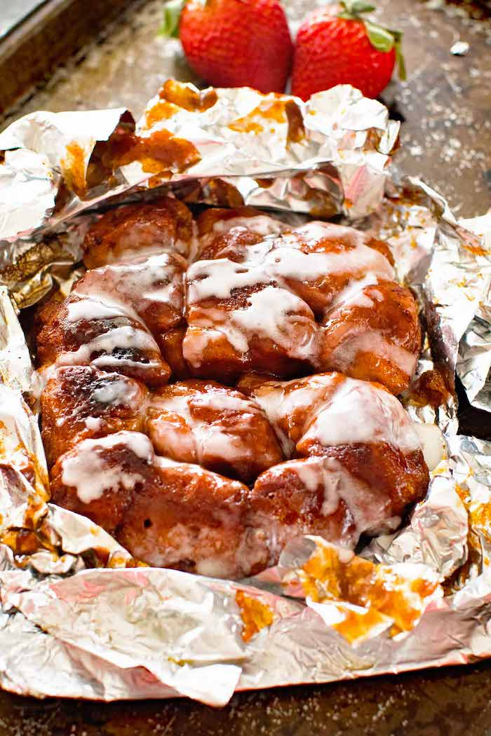 Simple camping recipes: Monkey Bread at Gimme Some Grilling