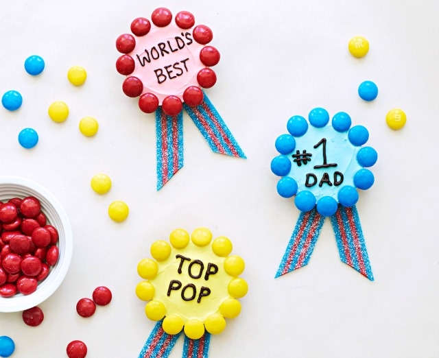 Father's Day treats kids can help make: Award cookies at Must Have Mom