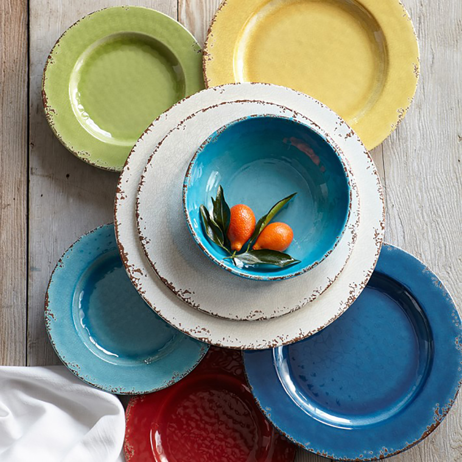 Unbreakable Outdoor Summer Dishes: Rustic Outdoor Melamine Dinnerware from Williams Sonoma