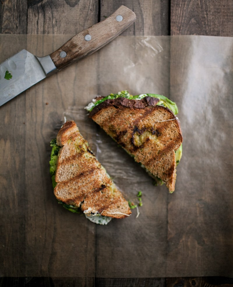 Weekly Meal plan with foods in season in summer: Avocado Mozarella Chimichurri Grilled Cheese recipe from Naturally Ella