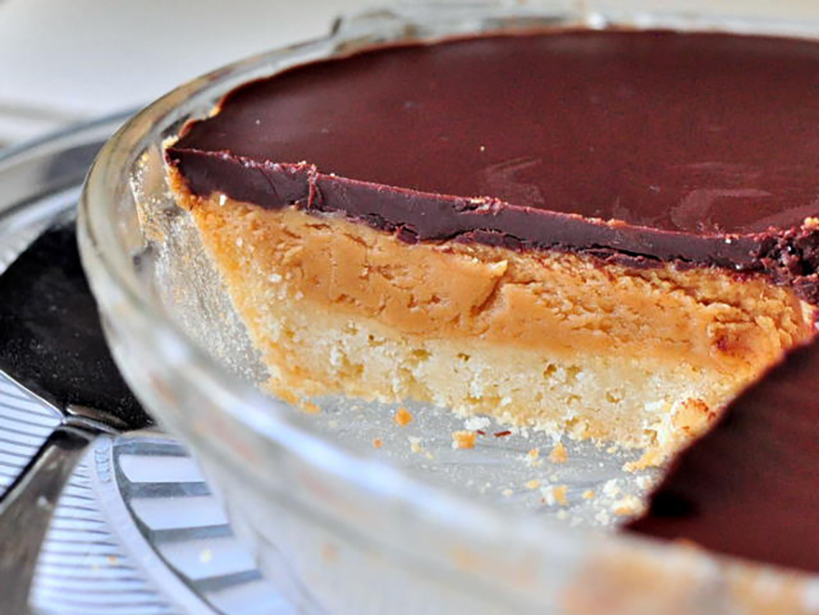 Easy Homemade Pie Crusts: Peanut Butter Pie With a Sugar Cookie Crust at The Domestic Kitchen
