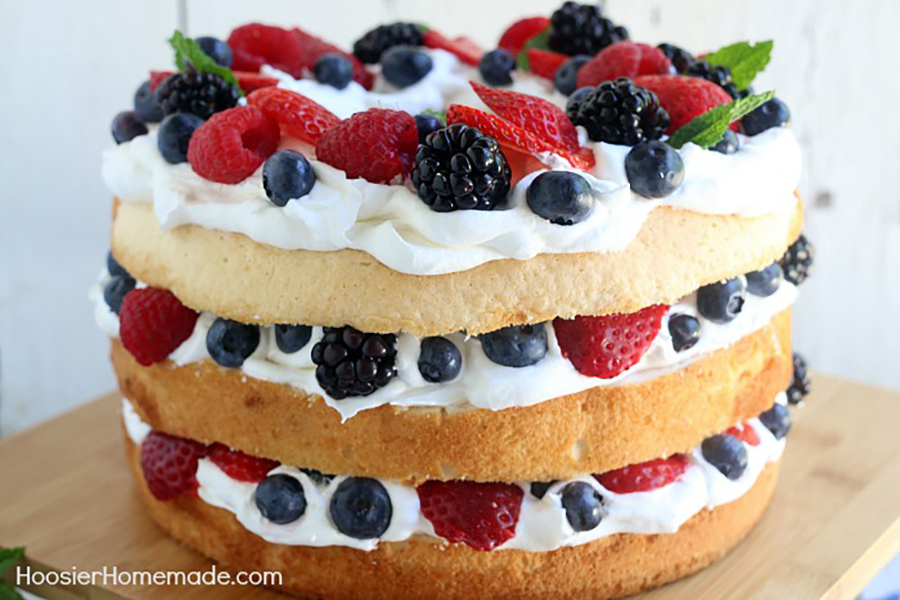 Easy last-minute 4th of July desserts: Angel Food Cake With Berries at Hoosier Homemade