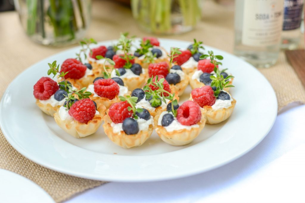 Backyard party ideas: Easy cream and fruit tarts can be whipped up in minutes! | Christopher Mohs, Pumpernickel & Rye