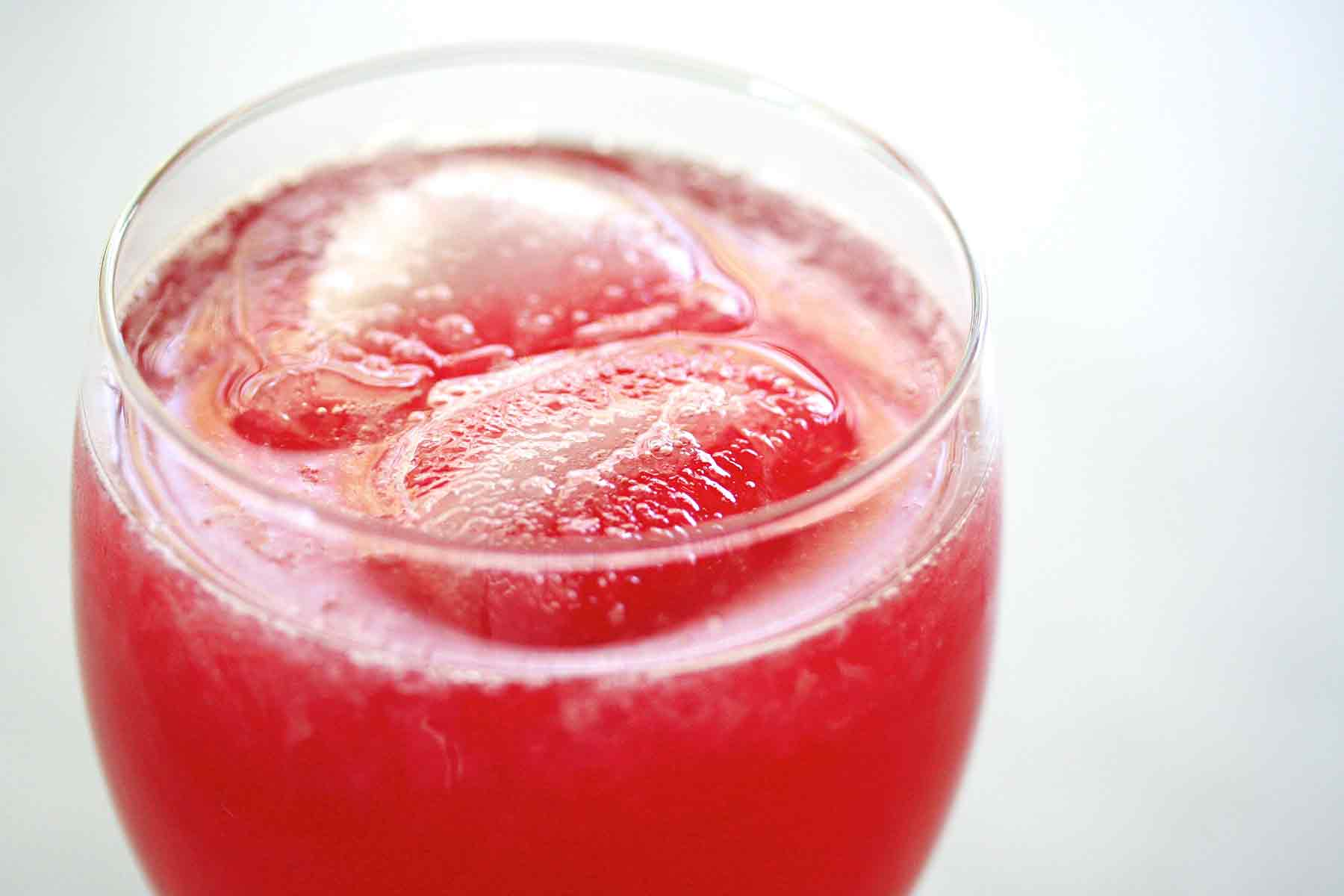 Lemonade Hacks: The Easiest Pink Lemonade by Elise Bauer for Simply Recipes