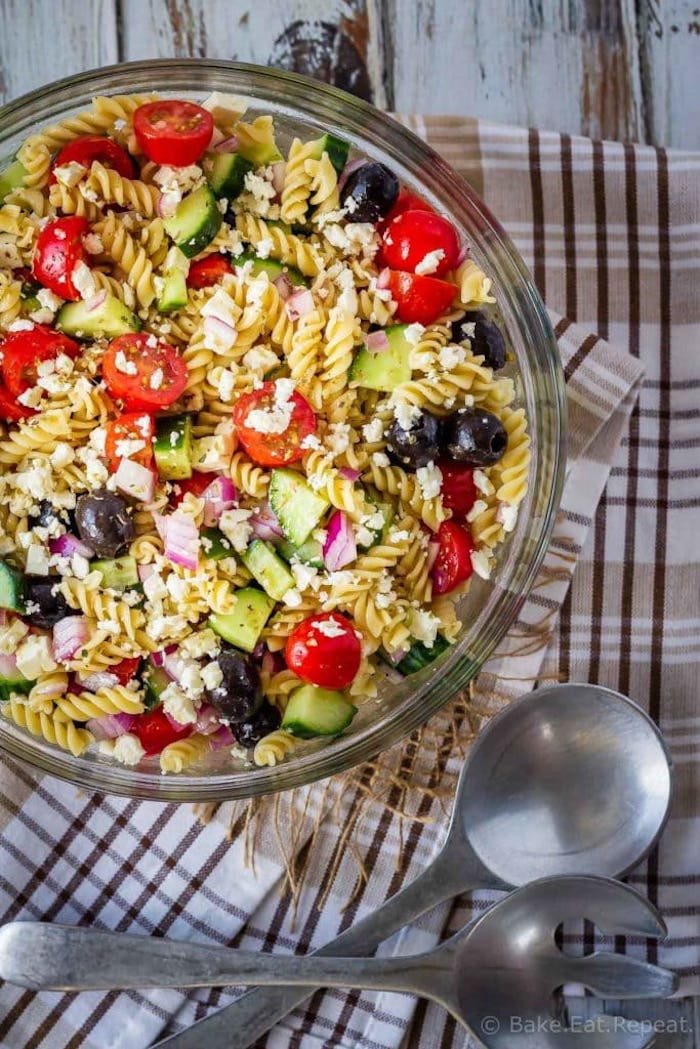 Weekly meal plan: Greek Pasta Salad at Bake Eat Repeat