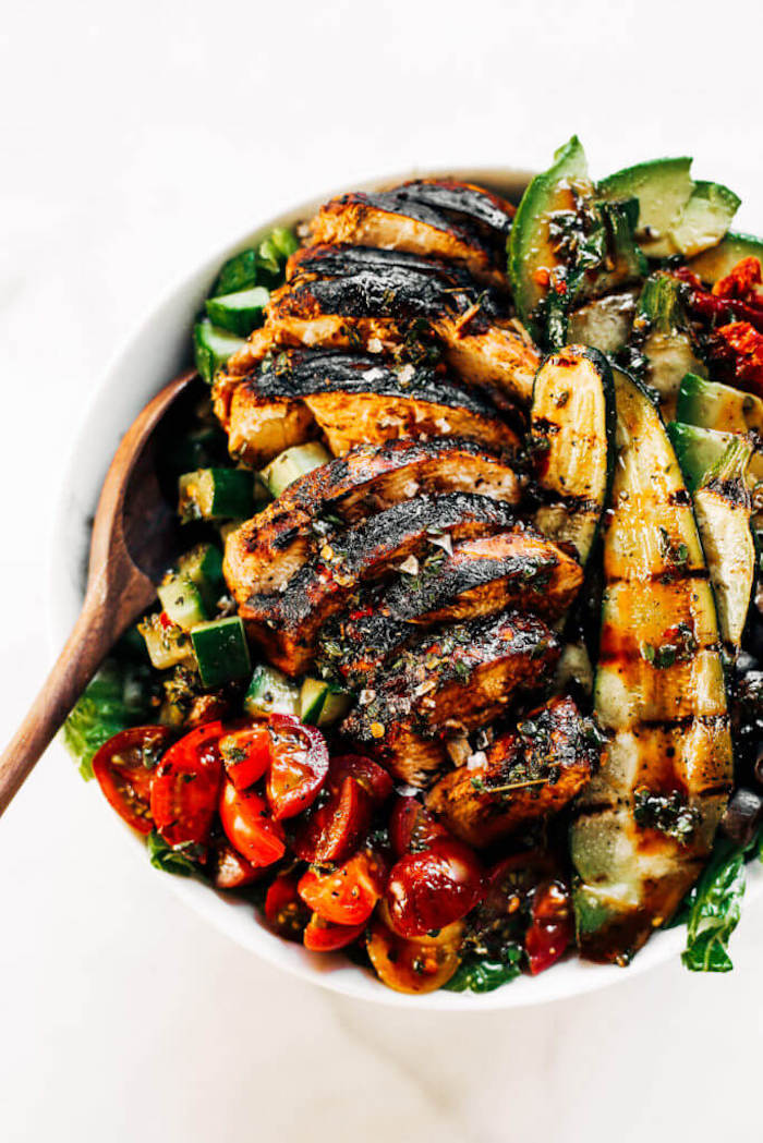 Weekly Meal Plan: Whole 30 Balsamic Grilled Chicken Salad at Paleo Gluten Free Eats