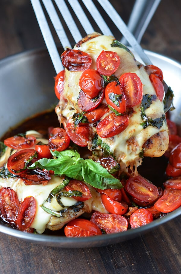 Weekly meal plan: Caprese Chicken at The Novice Chef