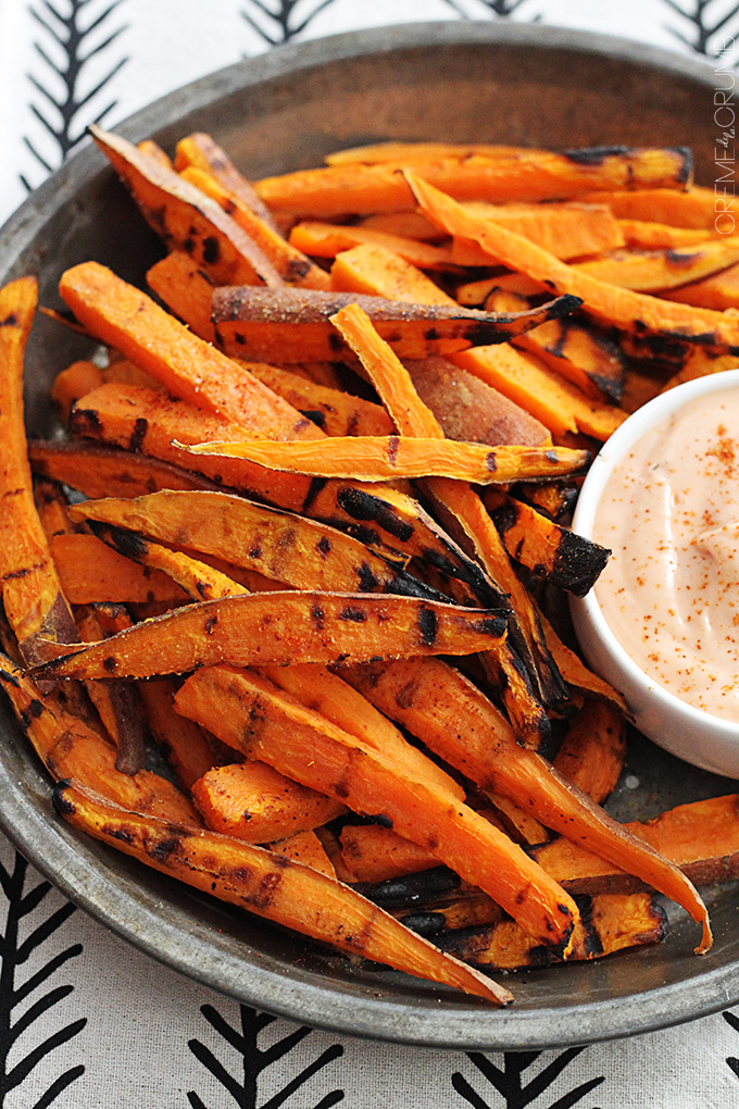 Snack recipes to increase breast milk supply: Crispy sweet potato fries at Creme de la Crumb