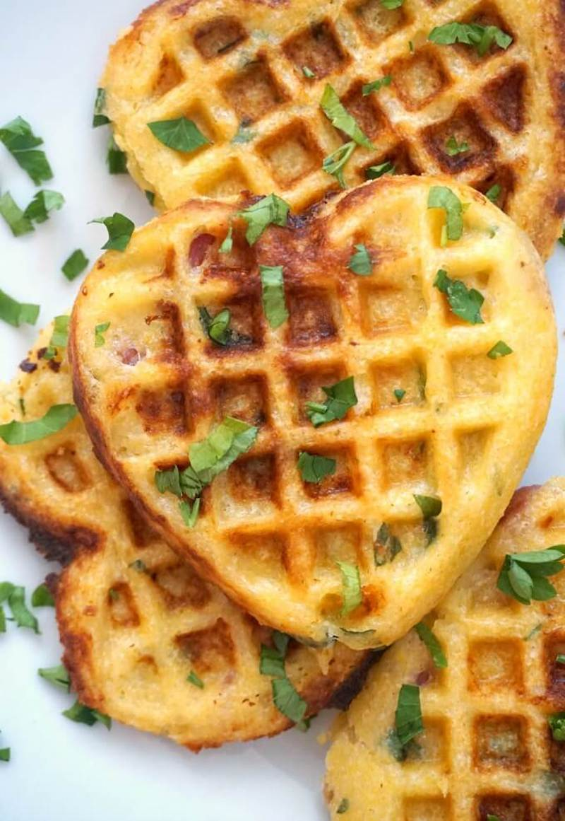 Weekly meal plan: Cornbread waffles with bacon and cheddar at My Gorgeous Recipes