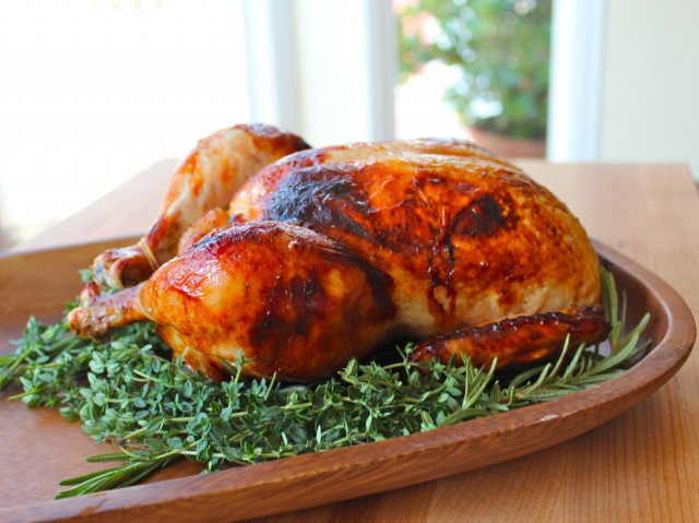Honey Herb Roasted Chicken with a Honey-White Wine Drizzle from Tori Avey. Perfect Rosh Hashanah main course