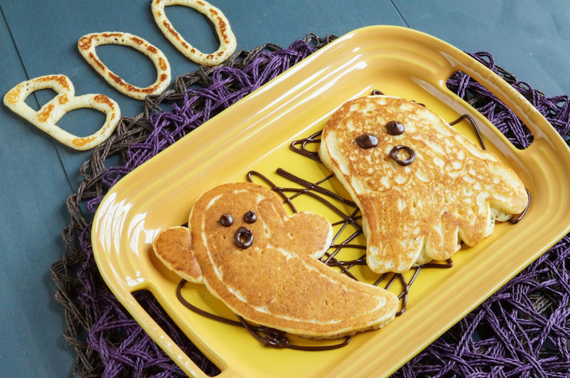 Fun Halloween breakfast ideas for kids: Ghost Pancakes at Tara's Multicultural Table