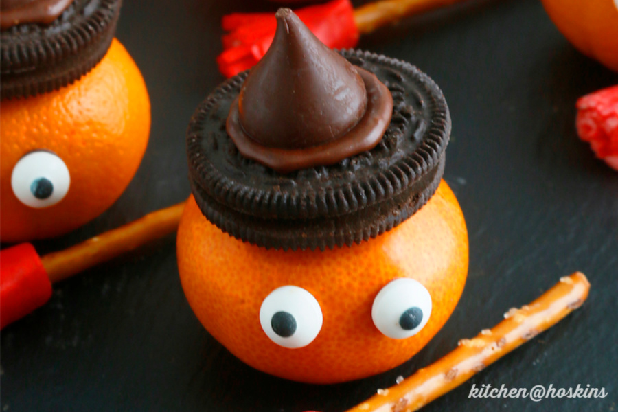 7 last-minute, semi-homemade Halloween party treats that are still wildly impressive