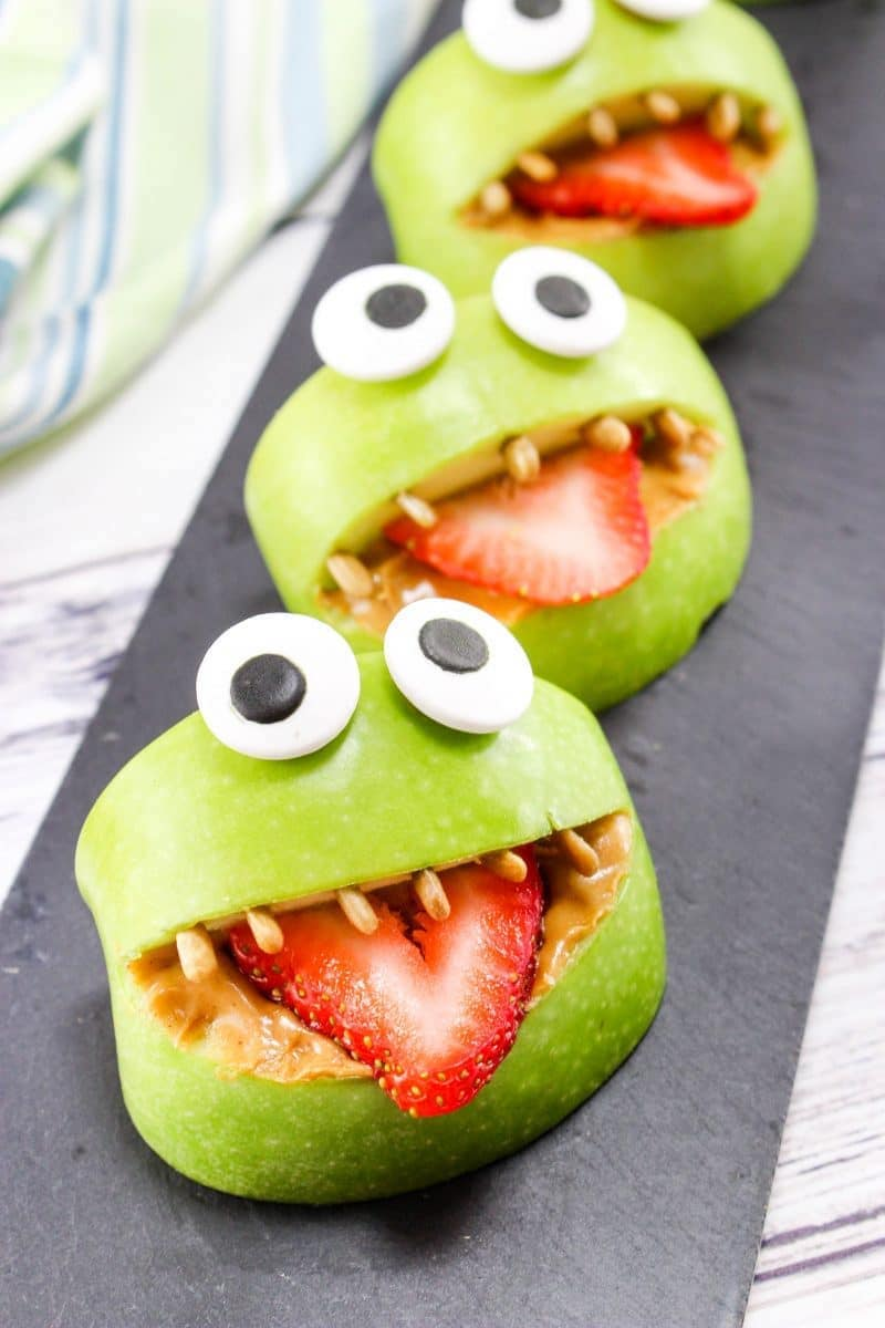 Semi-homemade Halloween party treats you can make last-minute: Monster Apple bites at Crayons and Cravings