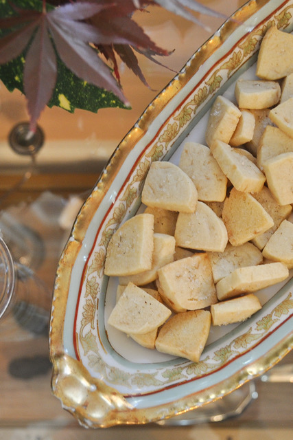 Easy holiday cookies: Lavender-salted shortbread cookies bites by Anne Wolfe Postic for Cool Mom Eats