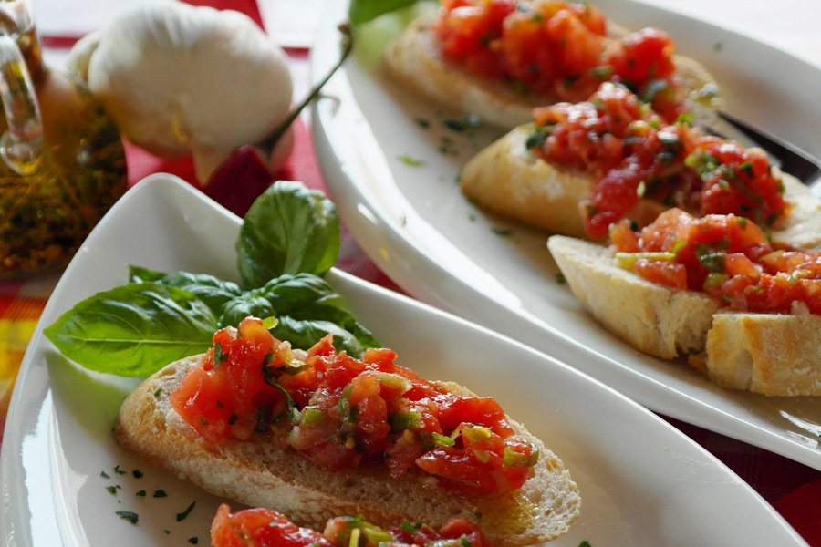 Hard to pronounce food: Bruschetta | Cool Mom Eats