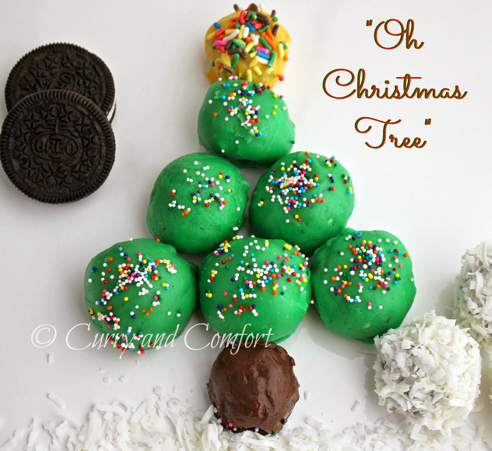 Holiday cookie balls to make with the kids: Christmas tree cookie balls at Kitchen Simmer