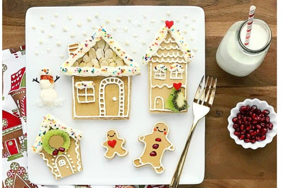 Gingerbread house pancakes! How is this not the best Christmas morning breakfast idea?
