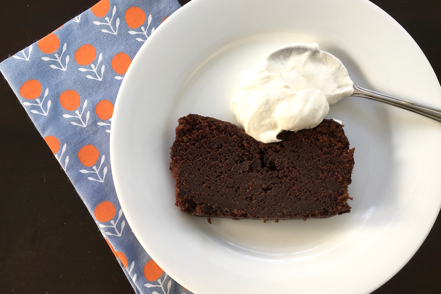 A perfect holiday cake recipe for gift giving: Nigella Lawson's Dense Chocolate Loaf Cake. | © Jane Sweeney Cool Mom Eats