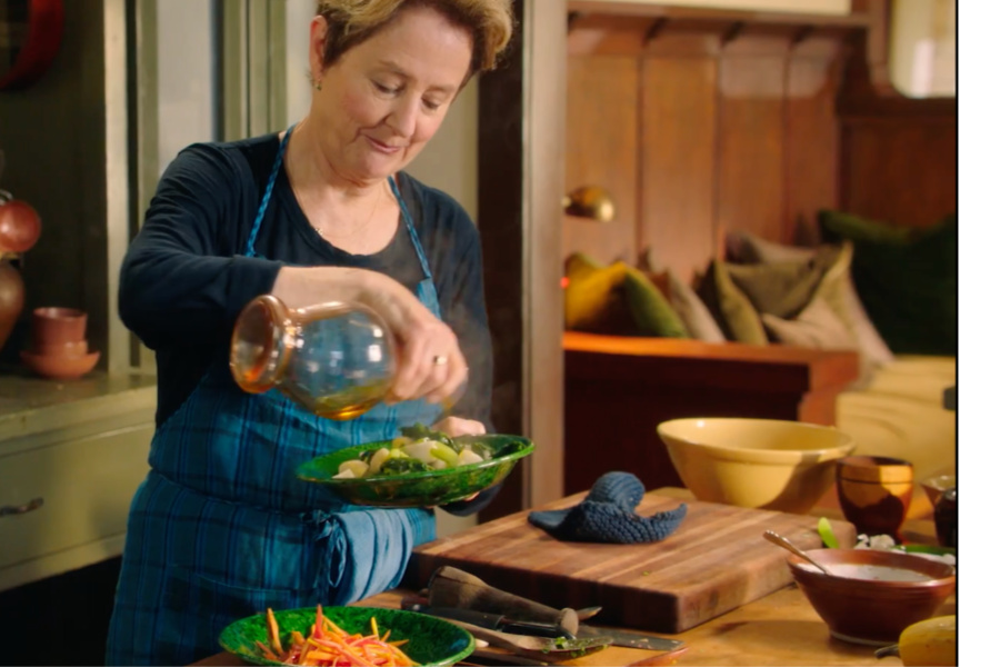 Alice Waters Masterclass video lessons in home cooking : Amazing gift idea for a foodie!