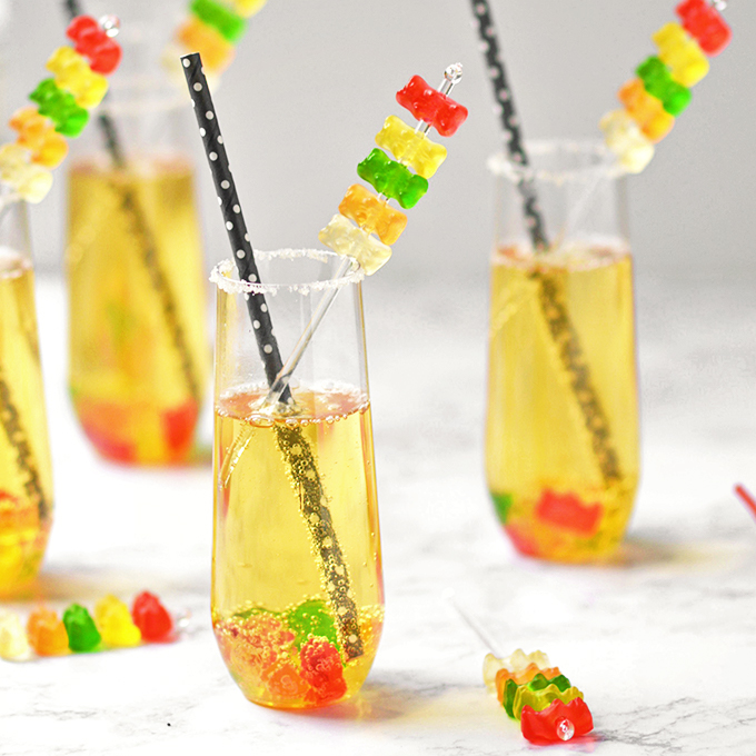 New Year's Eve mocktails for kids: Gummy bear mocktail | Simple Seasonal