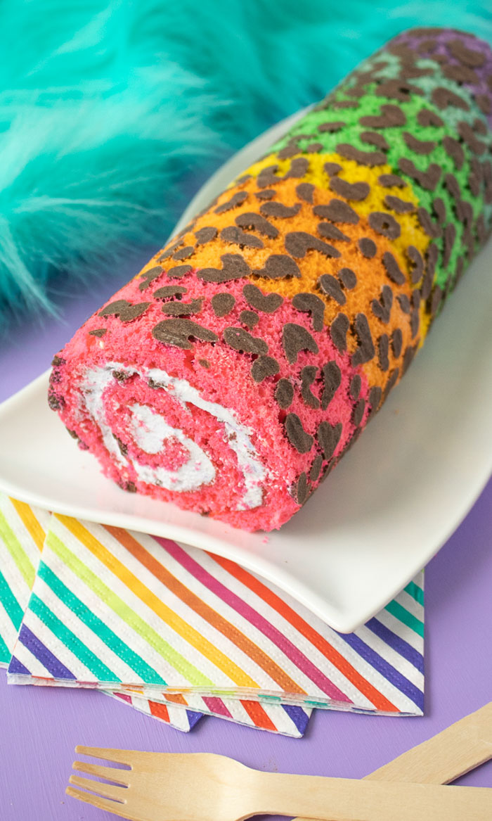 The cutest rainbow desserts for St. Patrick's Day: DIY Lisa Frank rainbow cake | Club Crafted
